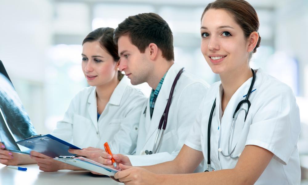 starterspakketten en acties voor HAIO en studenten geneeskunde